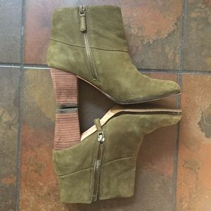 Cole Haan | 7.5 Nubuck Ankle Boots
